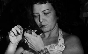 MICHIGAN WOMAN ONCE NATIONAL PIPE SMOKING CHAMP
