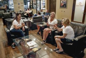 Lakeland Club For Women Find Joy In A Good Cigar